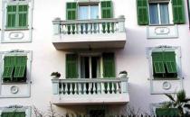 Obloane Obloanele din aluminiu Metra sunt alegerea ideala pentru acoperirea ferestrei si crearea de intimitate in interior.