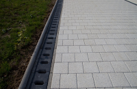 Rigole din beton compact pentru zone cu trafic pietonal redus ELIS PAVAJE