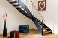 Scari pe structura de metal SCARI RO va ofera o gama variata de scari pe structura de metal. Produsele sunt realizate la comanda, dupa dimensiunile de la fata locului.