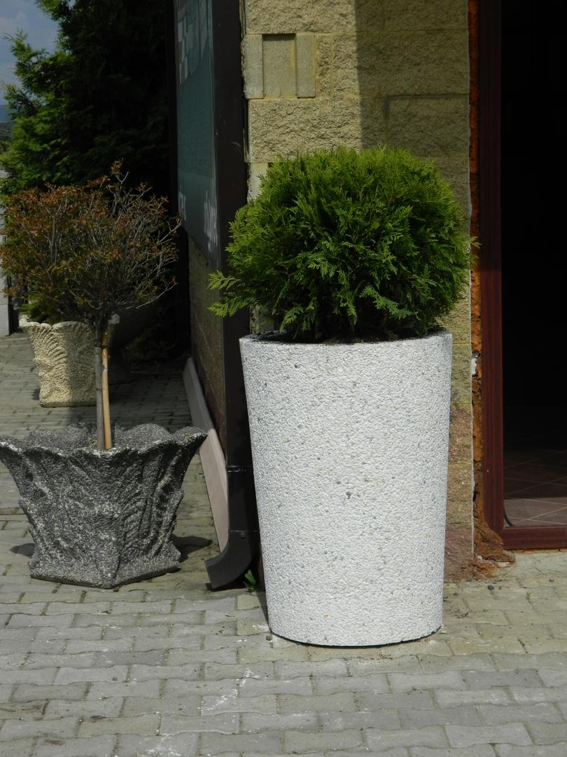 Prezentare produs jardiniere din beton prefabet poza 7 - Construire jardiniere beton ...