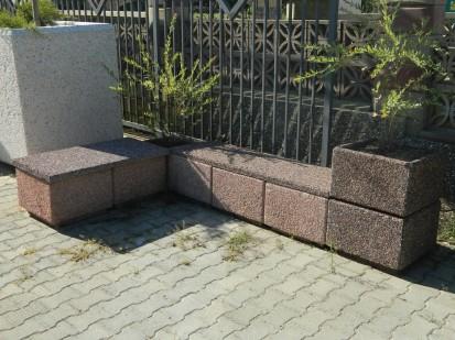 Jardiniere din beton / Jardiniera din beton  si modul banca