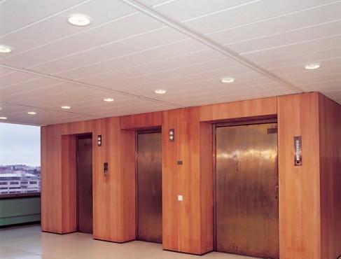 Exemple de utilizare Plafoane lamelare pentru coridoare RIGIPS - Poza 1