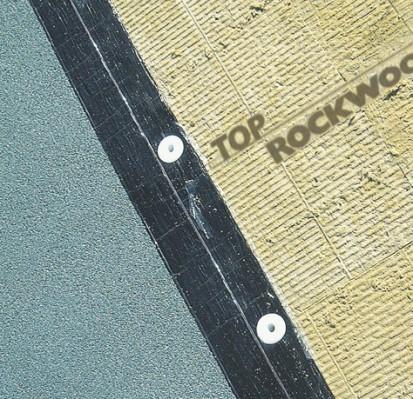Detaliu placa de vata bazaltica MONROCK MAX E Placi rigide de vata bazaltica