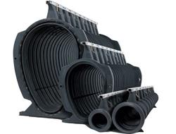 Rigole cu gratar tip fanta  Rigole din PEHD  cu gratar tip fanta si capacitate hidraulica foarte mare, destinate tuturor tipurilor de aplicatii, clase de sarcini de la a15 la F900.