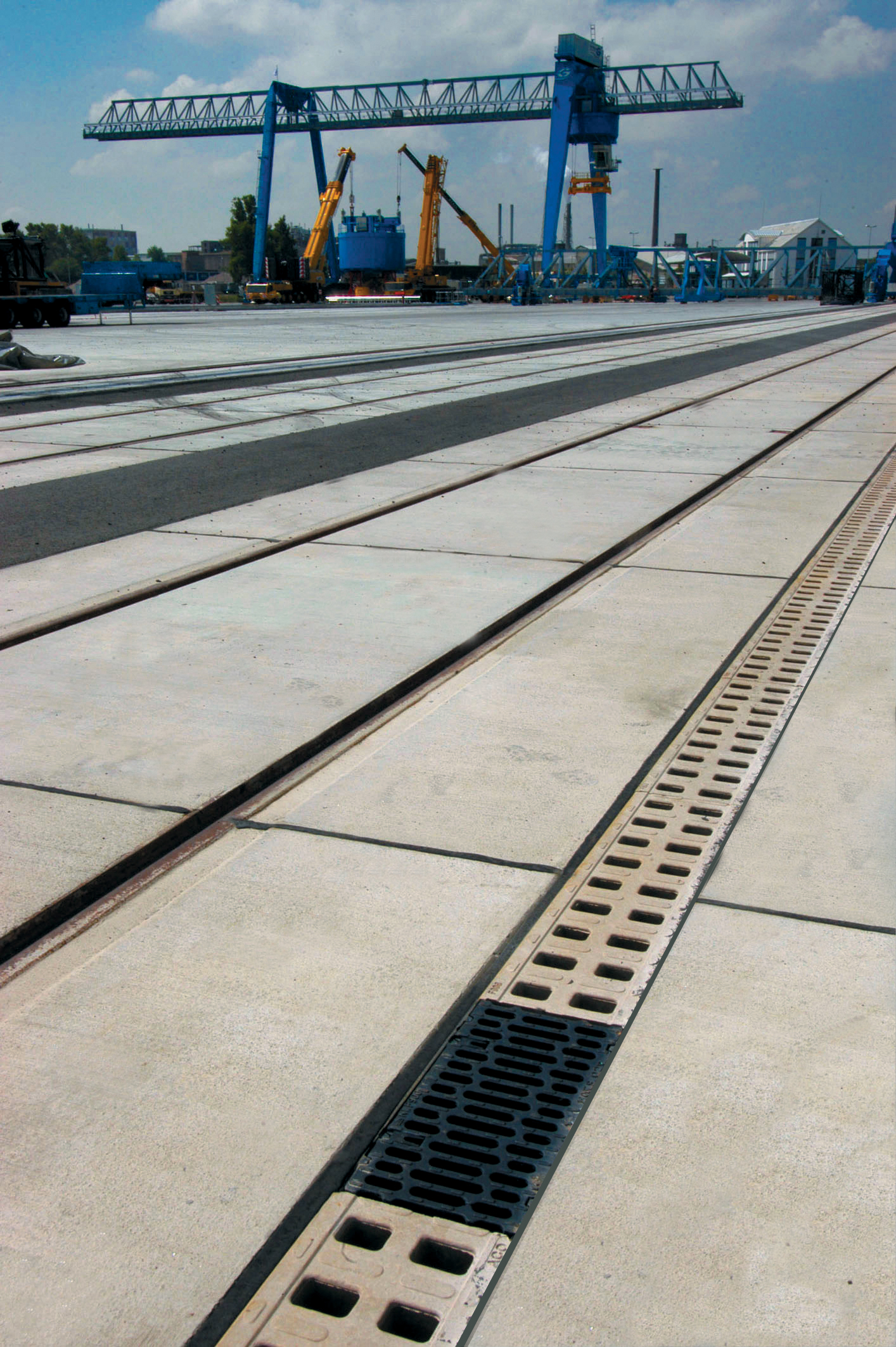 Rigole monobloc din beton cu polimeri ACO - Poza 4
