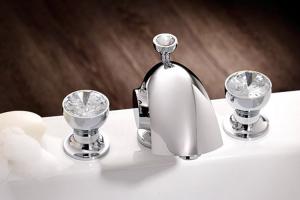 Baterii pentru baie, lavoare, bideuri Joerger este astazi unul dintre numele exclusiviste din domeniul bateriilor si accesoriilor sanitare, combinand puternica traditie familiala cu un spirit inovativ si utilizarea celor mai noi tehnologii.