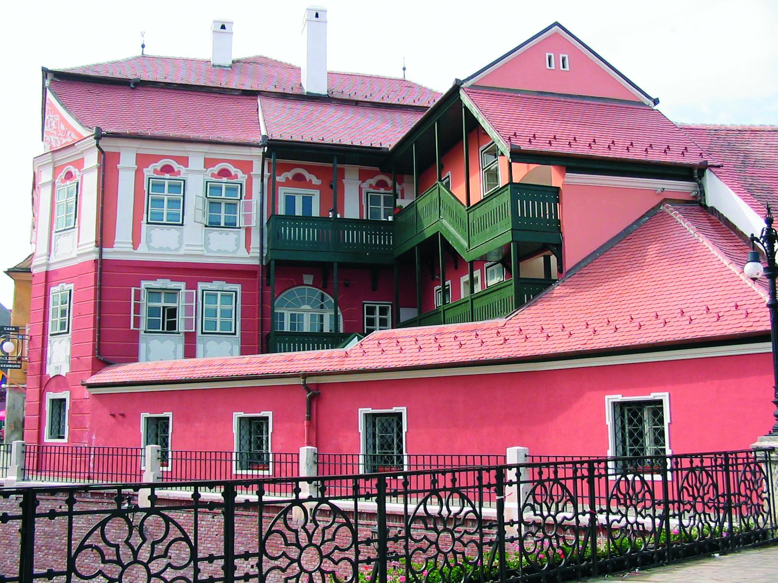Casa Luxemburg - Sibiu TONDACH - Poza 1