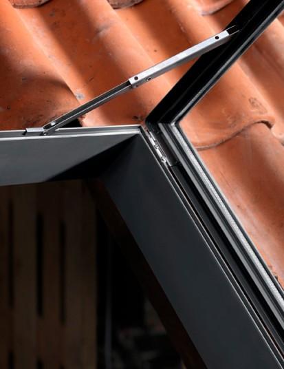 Iesire pe acoperis pentru poduri nelocuite - VELUX GVT Exterior GVT VLT Iesire pe acoperis pentru