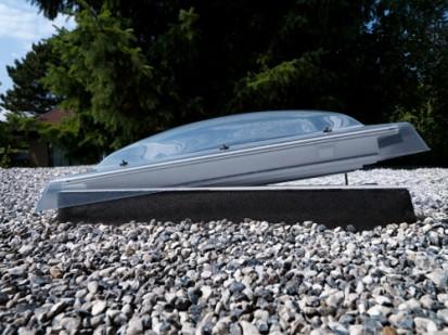 Fereastra electrica pentru acoperis terasa - VELUX CVP Exterior CVP Fereastra electrica pentru acoperis terasa