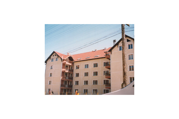 Mansardari de blocuri, ROMANIA VELUX - Poza 1