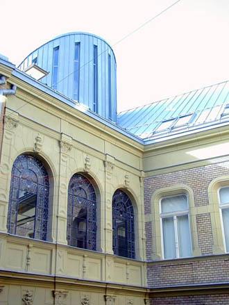 Biblioteca Universitara, vechiul palat si noua extindere, UNGARIA VELUX - Poza 8