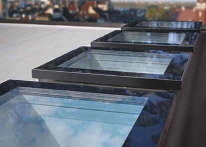 Ferestre pentru acoperis tip terasa FAKRO