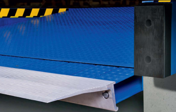 Rampe, module de incarcare, descarcare Rampele, modulele de incarcare/descarcare CRAWFORD ASSA ABLOY sunt solutia standard in aplicatiile generale industriale, fiind usor de manevrat.