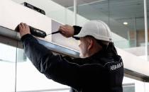 Mentenanta si reparatii pentru usi industriale si de acces, porti, instalatii de andocare Serviciile de mentenanta ASSA ABLOY Entrance Systems ofera functionarea optima si siguranta ca echipamentele de acces industrial sunt verificate regulat.