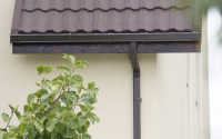 Sisteme de jgheaburi si burlane semirotunde si rectangulare  NOVATIK ofera doua tipuri de sisteme pluviale: sistem rectangular Novatik Quadra si sistemul semirotund Novatik Ronda.Sistemele beneficiaza de o garantie de 20 de ani.