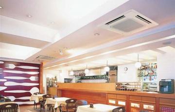 Aparate de aer conditionat comerciale, ducturi si casete Unitatile de interior de tip duct Mitsubishi Electric raspund perfect necesitatilor de climatizare ale spatiilor comerciale, birourilor sau restaurantelor.