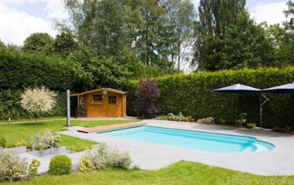 Curte cu piscina Golf GOLF Piscina rezidentiala din fibra de sticla