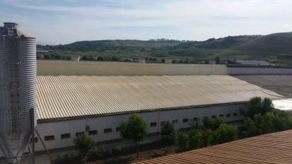 Termoizolatii cu spuma poliuretanica - acoperis hala Termoizolatii cu spuma poliuretanica