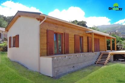 Casa din lemn / Casa din lemn Ajaccio