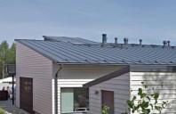 Tabla cutata pentru acoperis Gama de produse Ruukki cuprinde tabla cutata cu o forma simpla, care poate fi folosita atat pentru acoperisuri, cat si pentru pereti si fatade.