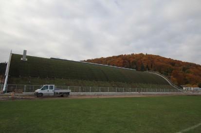 Centrul de Agrement Trotus cu acoperis verde ultrausor 2 Acoperis verde extensiv ultrausor Centrul de Agrement