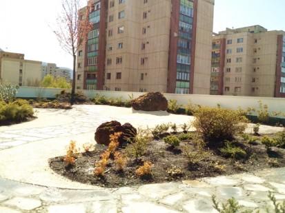 Terasa verde intensiva_8 Acoperis verde intensiv tip gradina Terasa verde intensiva - complex rezidential Neorama Brasov