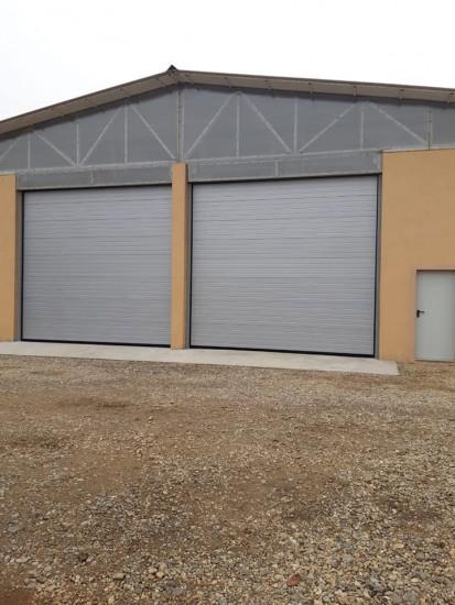 Usa de garaj industriala Usi de garaj industriale