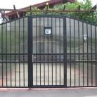 Poarta fier forjat cu policarbonat aplicat la interior - Porti de acces metalice