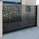 Confectie metalica poarta culisanta metalica prelucrat CNC - Porti metalice din tabla decupata/ prelucrata in CNC