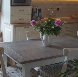 Mese extensibile din lemn masiv pentru living si dining StejarMasiv