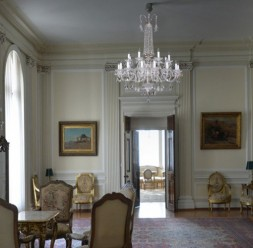 Candelabre si lustre pentru iluminat interior Magic Lights