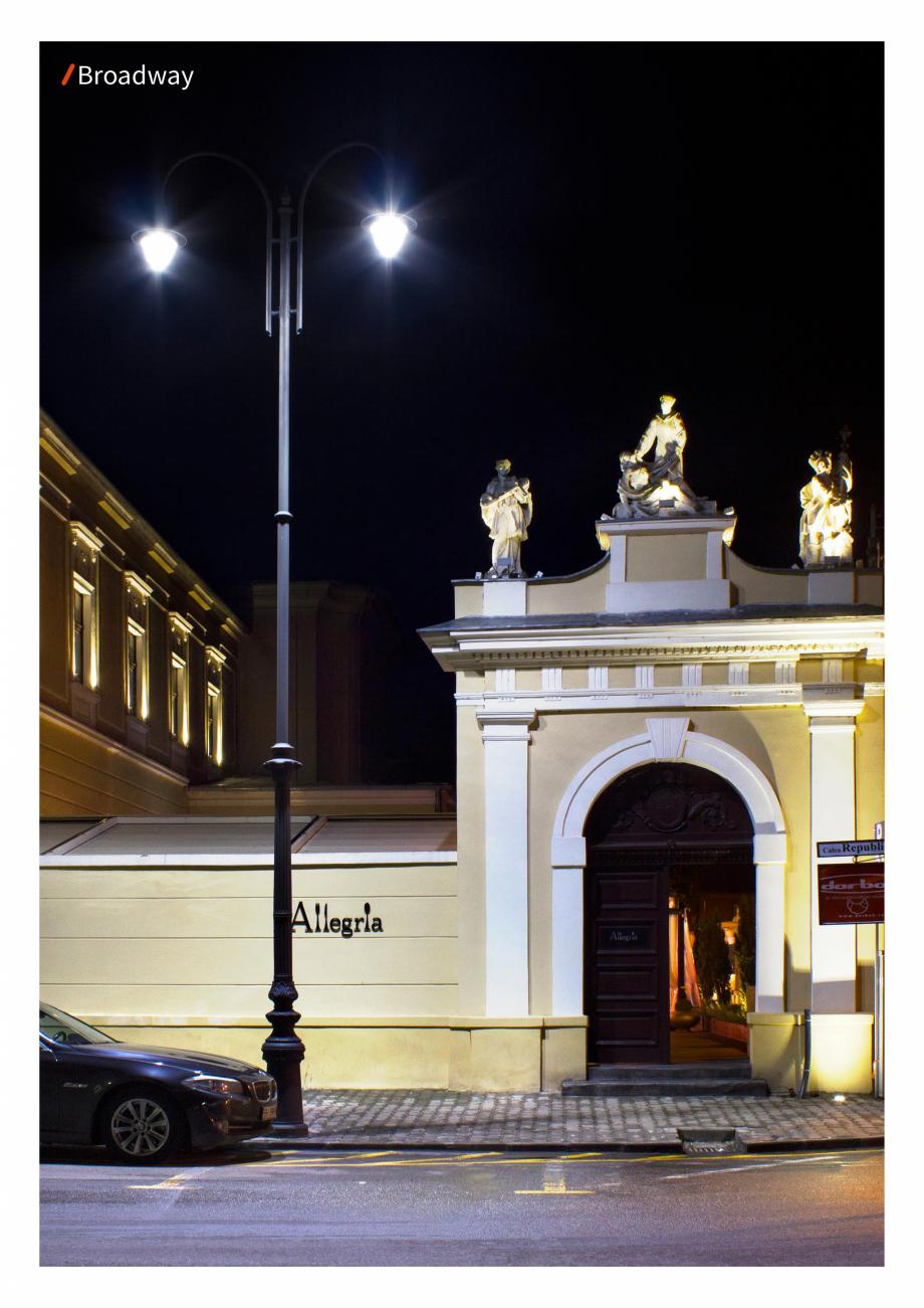 Pagina 3 - Brosura - Stalp - si  lampa - Ambiflux Broadway  Catalog, brosura Romana