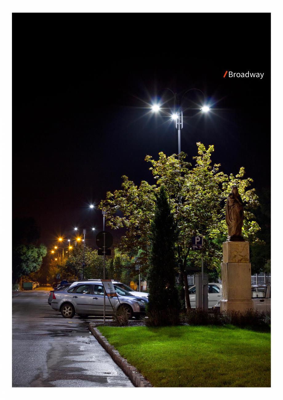 Pagina 4 - Brosura - Stalp - si  lampa - Ambiflux Broadway  Catalog, brosura Romana
