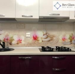 Sticla printata si colorata pentru bucatarie Bev Glass Design