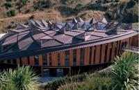 Acoperișuri fălțuite Invelitorile din tabla plana faltuita din cupru si zinc sunt utilizate pentru acoperisuri la constructii diverse.