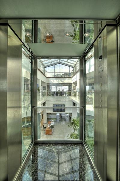 Lift panoramic - Sediu birouri Brasov panoramic Elmas Ascensor