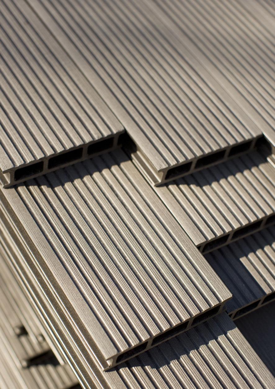 Montaj pardoseli cu deck-uri din material compozit lemn cu PVC DECEUNINCK - Poza 13