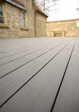 Montaj pardoseli cu deck-uri din material compozit lemn cu PVC DECEUNINCK - Poza 31