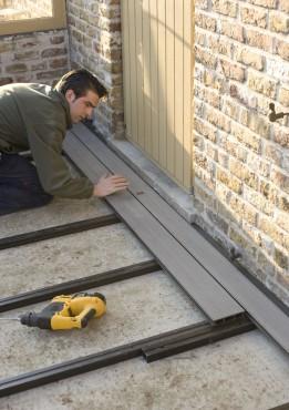 Executie, montaj Montaj pardoseli cu deck-uri din material compozit lemn cu PVC DECEUNINCK - Poza 22