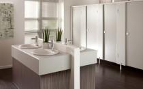 Panouri HPL Compact pentru decoratiuni interioare Placile HPL Compact de interior reprezinta o categorie multifunctionala de HPL fiind panouri  rigide, omogene, cu doua fete decorate si cu o rezistenta mare la impact  si umiditate. HPL Compact de interior este un material impermeabil,  ideal pentru aplicatii care necesita rezistenta la solicitari mecanice. Aplicatiile majore: partitii cabine de toaleta / compartimentari interioare.