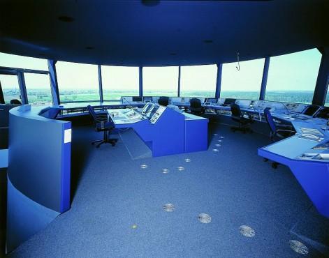 Pardoseli tehnice suprainaltate - Aeroport Nuremberg MERO - Poza 3