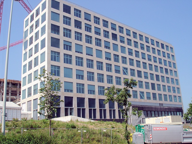 Pardoseli tehnice suprainaltate - Barmenia Wuppertal MERO - Poza 6