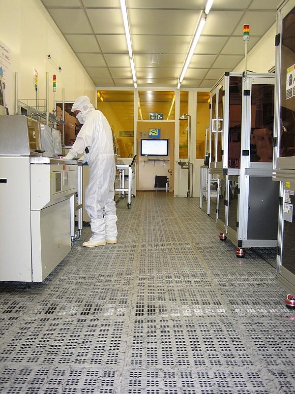 Pardoseli tehnice suprainaltate - Bosch Reutlingen MERO - Poza 3