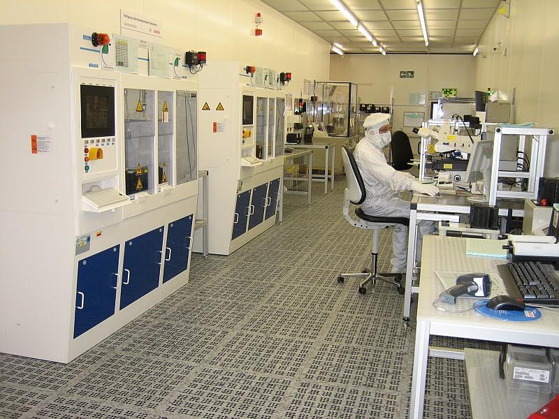 Pardoseli tehnice suprainaltate - Bosch Reutlingen MERO - Poza 4