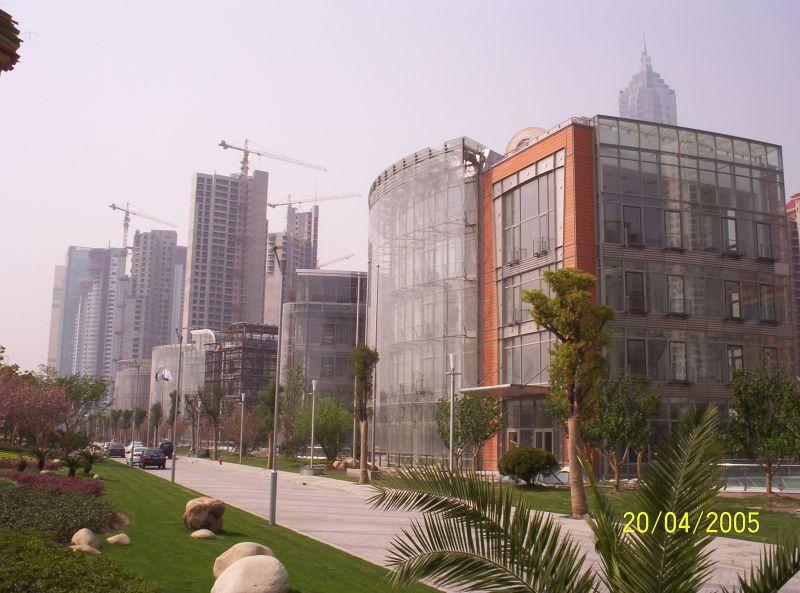 Pardoseli tehnice suprainaltate - Fortune Plaza Shanghai - China MERO - Poza 7