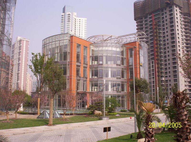 Pardoseli tehnice suprainaltate - Fortune Plaza Shanghai - China MERO - Poza 6
