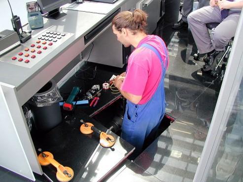 Pardoseli tehnice suprainaltate - Headquarter of Bayer Leverkusen Chicago IL - USA MERO - Poza 9