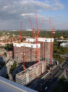 Pardoseli tehnice suprainaltate - Highlight Towers Munich - Germania MERO - Poza 1