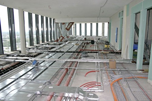 Pardoseli tehnice suprainaltate - Highlight Towers Munich - Germania MERO - Poza 6