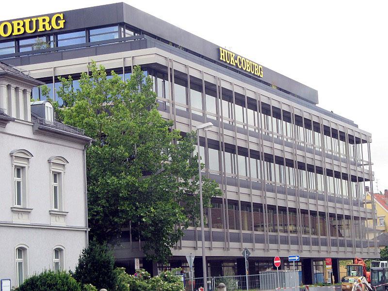 Pardoseli tehnice suprainaltate - HUK Coburg - Germania MERO - Poza 2